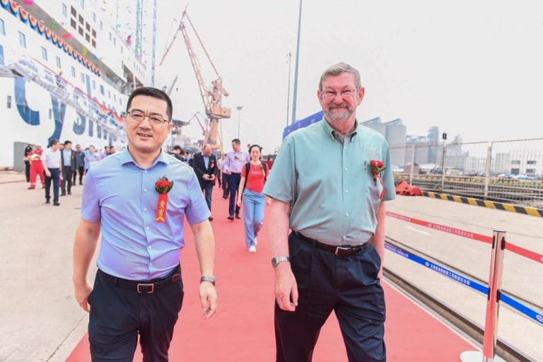 Jim Paterson, Mercy Ships Marine Executive Consultant, and Wang Xiaohai, Secretary of the Party Committee, Chairman, XGSIC at the Global Mercy delivery ceremony.